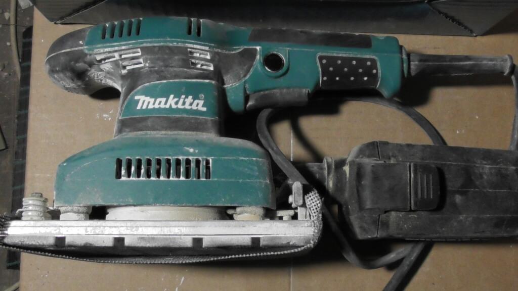 Makita Entfernungsmesser Anleitung : Makita schwingschleifer plattenheber